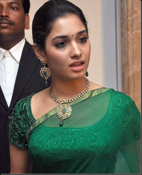 tamanna-hot-in-green-saree-stills