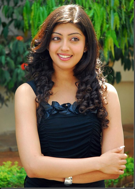 praneetha-hot-latest-(3)