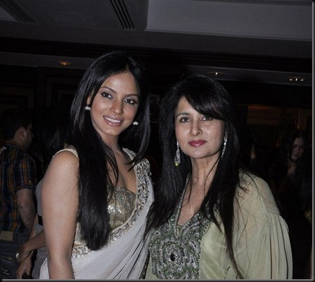 Neetu Chandra at Neeta Lulla-ING Vyasa card launch2