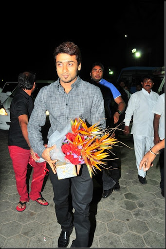 Suriya at Allu Arjun 39s wedding stills5