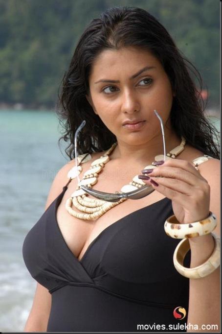namitha-stills01060