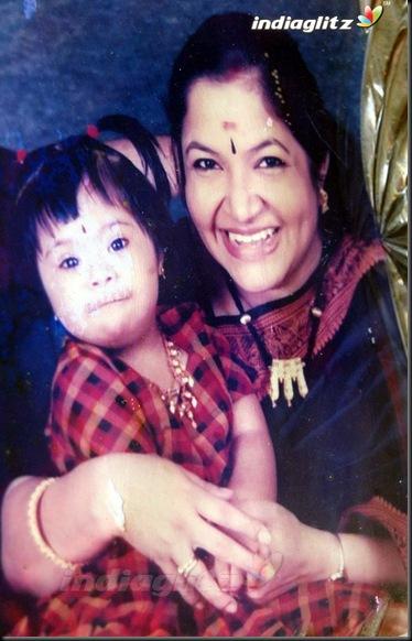 2Film Industry Bids Adieu To Chitra's Daughter