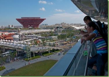 Vista del área B de la Expo 2010 Shanghái, con el Pabellón de China al centro.