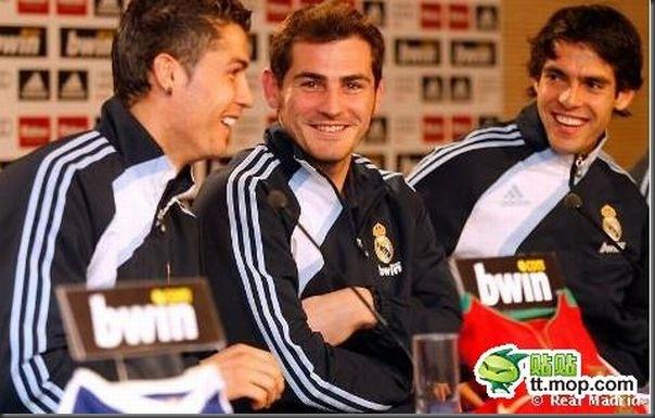 A bela amizade de Cristiano Ronaldo e Kaká (24)