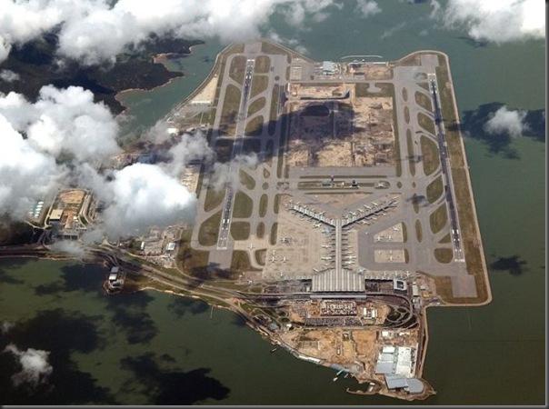 Vista aérea de pistas de aeroportos (10)