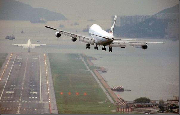 Vista aérea de pistas de aeroportos (8)