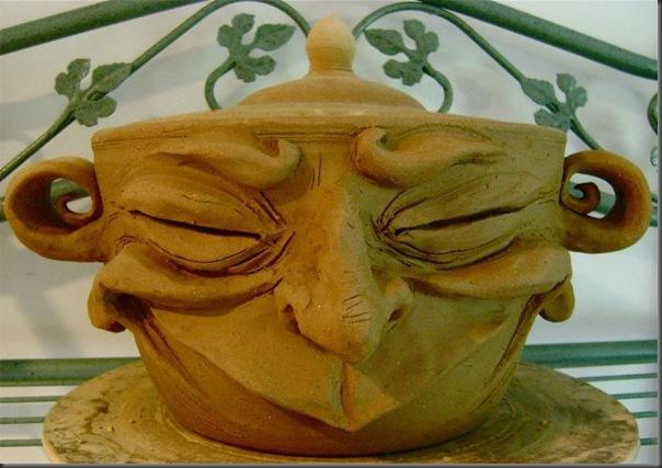 Canecas que fariam sucesso no chá do chapeleiro louco por Ron Free (17)