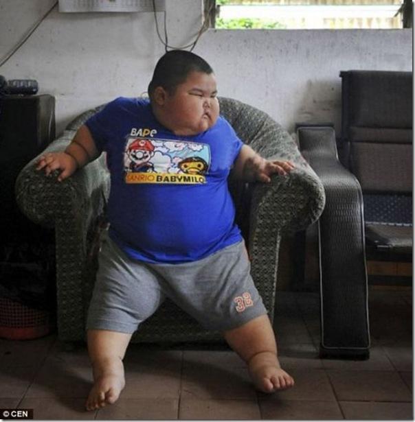 Mais uma criança chinesa obesa (2)