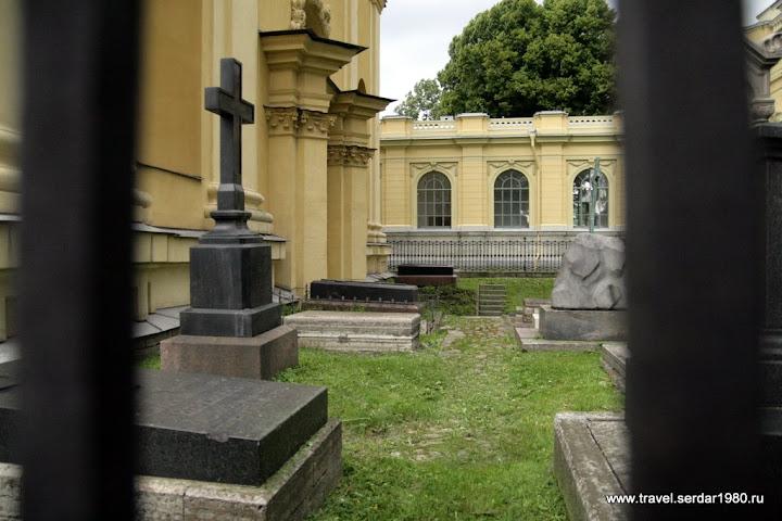усыпальница в Петропавловском соборе