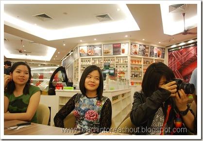 Weng Yee, Amanda, Nat