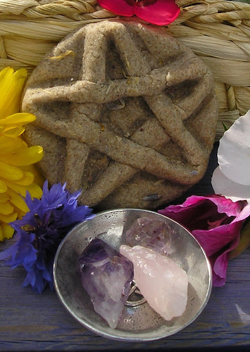 How To Make Your Own Pentacle Cover