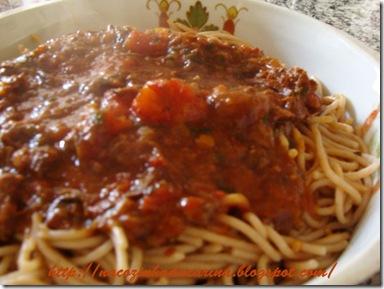espaguete-com-ragu-preguiçoso