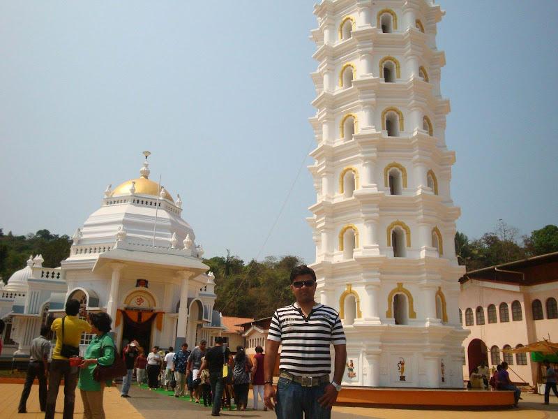 Kapil Samadhiya @ Goa's Temple