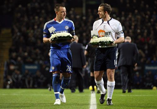 Kevin Davies and John Terry lay wreathes in memory of Bolton legend Nat Lofthouse, Bolton - Chelsea