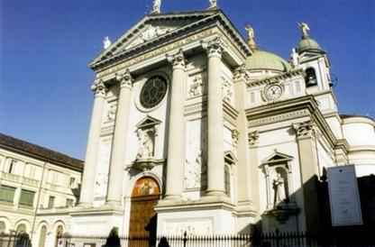 basilica-de-maria-axuliadora