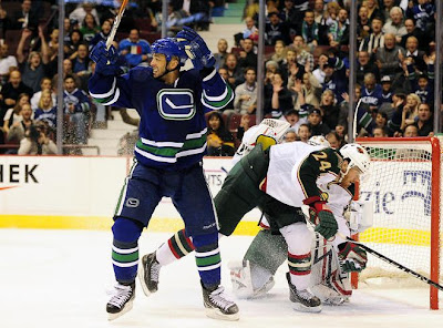 canucks_oct22_wild5.JPG
