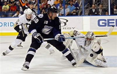 lightning_oct27_penguins5.jpg