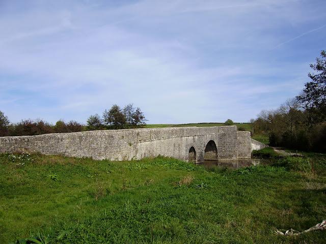 Pont fortifié Pont%20sur%20la%20Charente%20%281%29