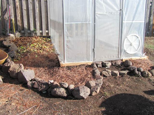 Sheet composting- bed building