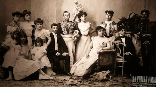 Wealthy Family with unknown Whereabouts at the Turn of the Century in Buenos Aires Argentina