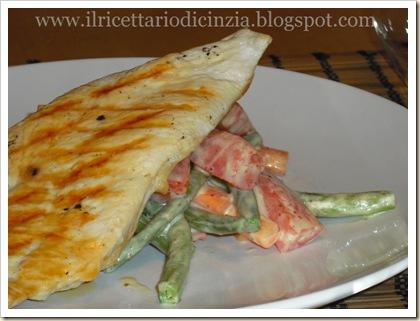 Pollo alla griglia con verdure senapate