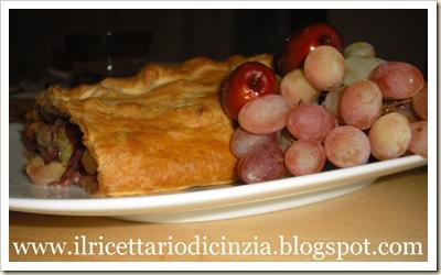 Strudel di salsiccia uva sultanina e giuggiole