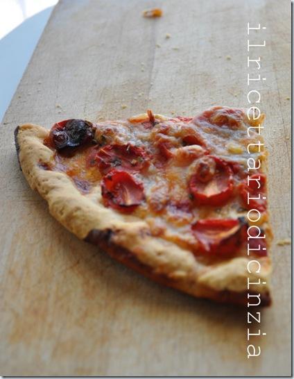 Pizza Margherita e pomodorini