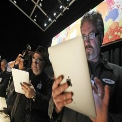 iPad HTC is more popular than iPhone