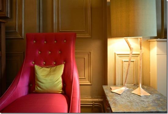 Casa de Valentina - via ShootFactory - 2 estilos na mesma casa em Londres - luminária