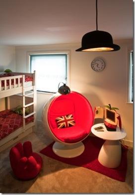 Casa de Valentina - via ShootFactory - 2 estilos na mesma casa em Londres - luminária Magritte