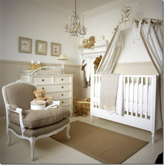 Casa de Valentina - via home Sweet Home - um quarto pequeno mais com tudo que um bebê precisa