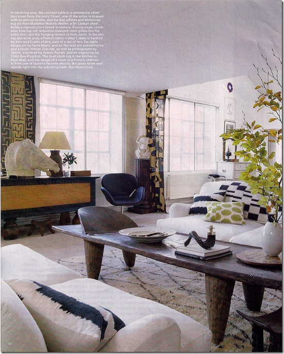 Comprar Móveis - via Elle Decor - mesa de centro rústica - sala branca