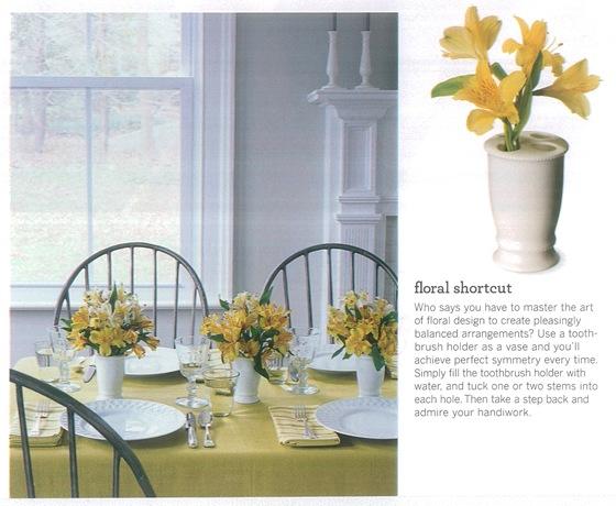Casa de Valentina - via Martha Stewart - flores fáceis de arrumar em um vaso baratinho