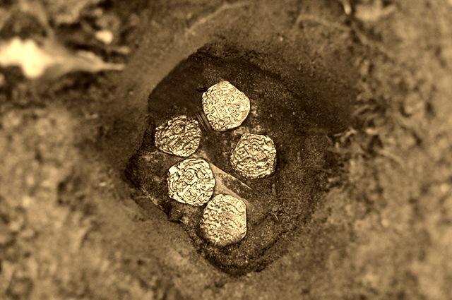 [5 Gold Coins 3C-Sheva Apelbaum[5].jpg]