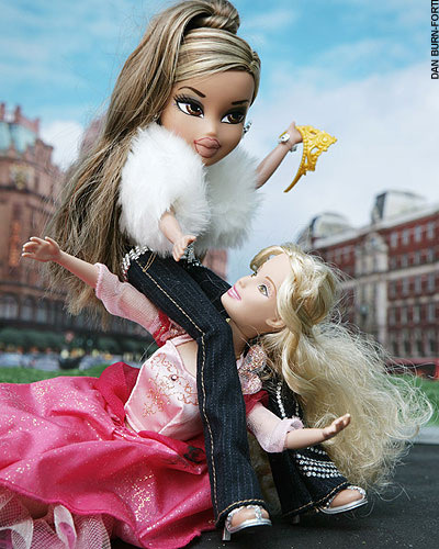 Barbie VS Bratz