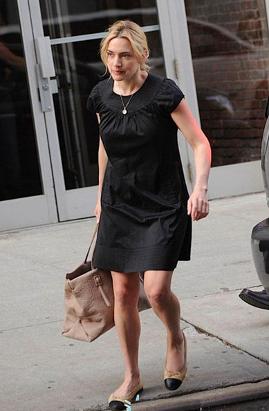 kate-winslet-wears-chanel-flats-behaves-like-an-adult-with-future-ex-004