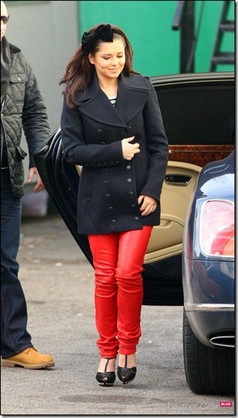 Cheryl-Cole-red-leather-pants-7-600x1114