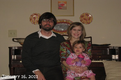 (84) Family Picture (January 16, 2011)_20110116_001