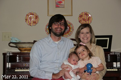 (102) Family Picture (May 22, 2011)_20110522_001