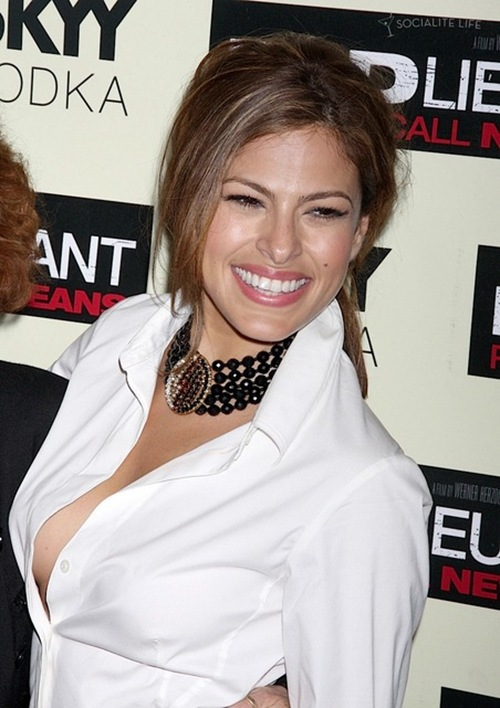 gallery_main-eva-mendes-nip-slip-bad-lieutenant-photos-11092009-11