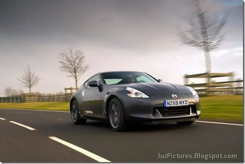 Nisan-370Z-Black-Edition-5