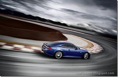 2011-Jaguar-XKR-Special-Edition-18