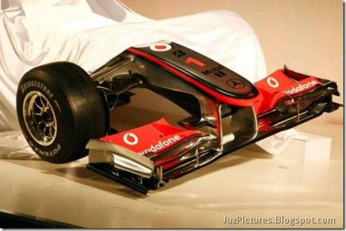 McLaren-MP4-25-8
