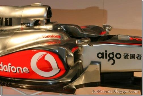 McLaren-MP4-25-13