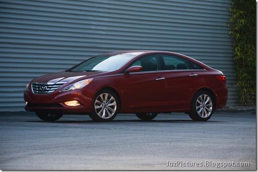 2011-Hyundai-Sonata-3