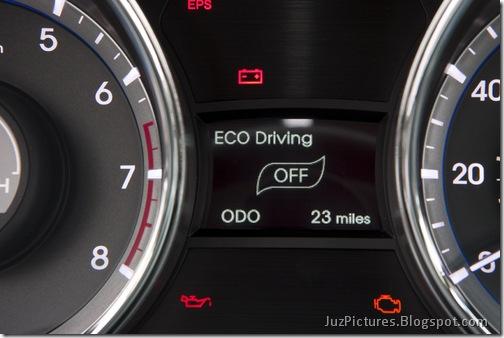 2011-Hyundai-Sonata-22