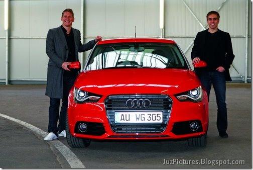 2011-Audi-A1-17