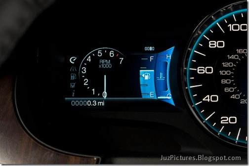 2011-ford-edge_6