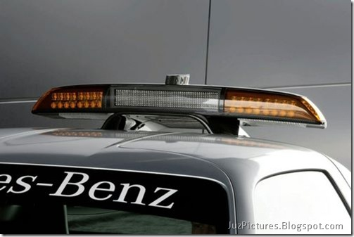 Mercedes-Benz-SLS-AMG-F1-Safety-Car-10