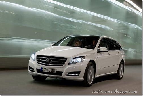 2011-Mercedes-R-Class-7